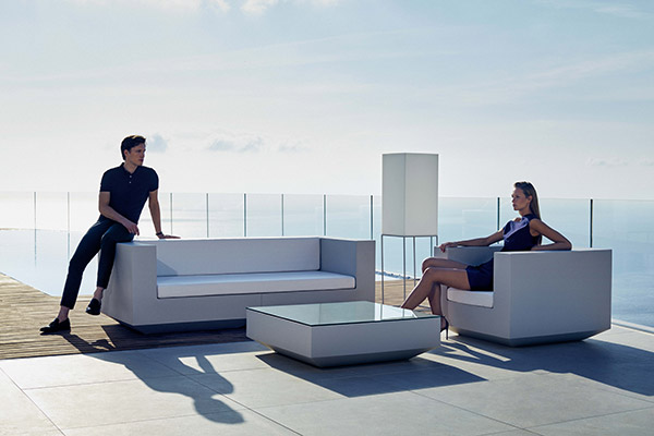 outdoorfurniture-sofa-armchair-table-vondom